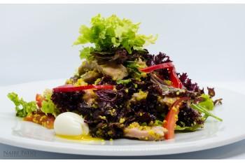 Салат с индейкой и кус кус